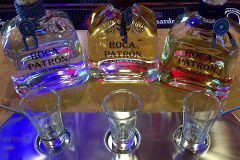 Shirleys-Cafe-Patron-flight