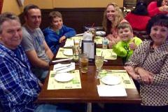 Shirleys-Cafe-family-dinner